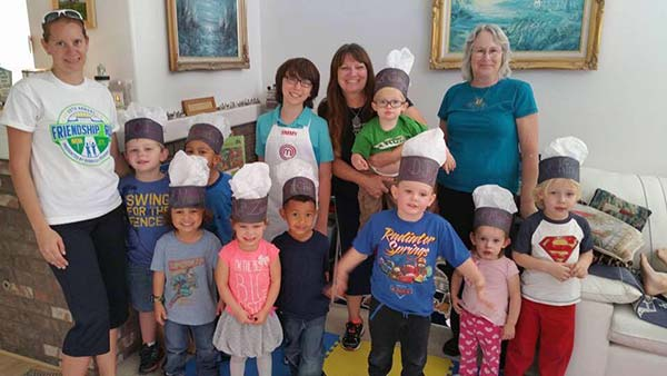 Masterchef Jimmy Visits Home Child Care in Valencia
