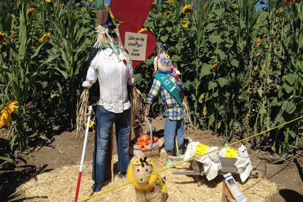 Scarecrow Enty at Lombardies Ranch 016